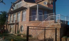 3-этажный дом с евроремонтом в Нерубайском за 65.000 у.е.!
