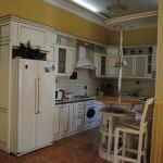 1 этаж- кухня-студия