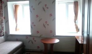 1-комнатная с ремонтом на Б.Хмельницкого за 18.900 у.е.!