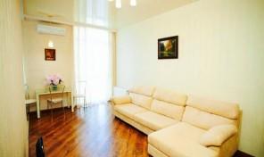 Посуточно от хозяйки шикарная квартира в клубном доме на Французском — 1000 грн/сутки!