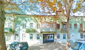Фасадная квартира на Б.Хмельницкого под офис или магазин!
