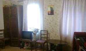 2-комнатная фасадная квартира под бизнес у Староконного рынка!