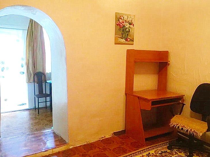 2-комнатная квартира на Лазарева за 21500 у.е.!